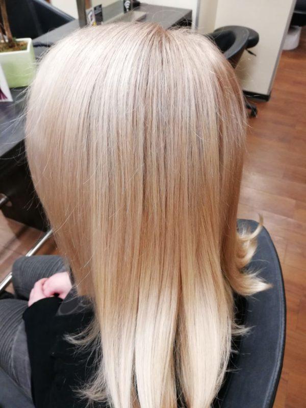 blonde Haare durch purepigments washing