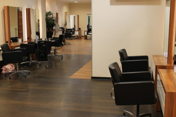 trend hair lounge oldenburg dein friseur in der oldenburger innenstadt. Black Bedroom Furniture Sets. Home Design Ideas